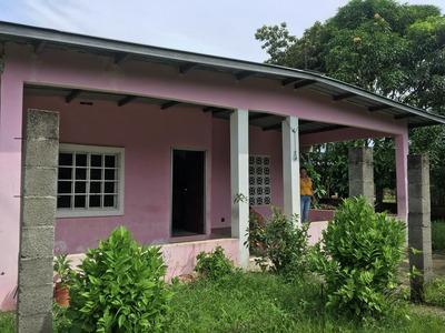 Vendo Casa En Las Garzas.( Arnulfo Escalona)