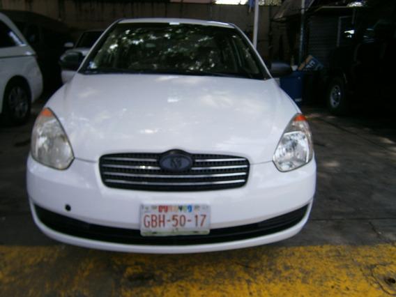 Dodge Attitude 2007 Blanco 1.6 Gl At