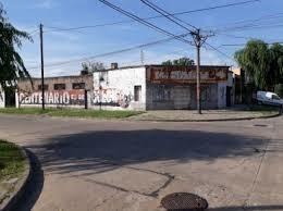 Oportunidad! Local Comercial En Esquina