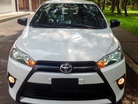 Toyota Yaris 1.5 5p S At Cvt Eléctrico,pantalla,xenón Usb,