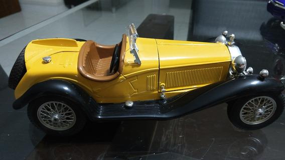 1:18 Miniatura Alfa Romeo 2300 Spider - Escala 1/18