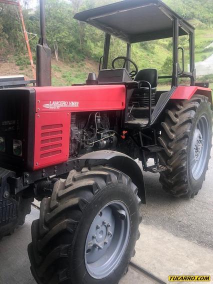 Maquinaria Pesada Tractor