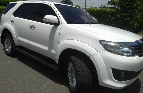 Toyota Fortuner Urbana 4x2 2013