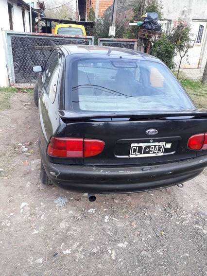Ford 1999 Coupe
