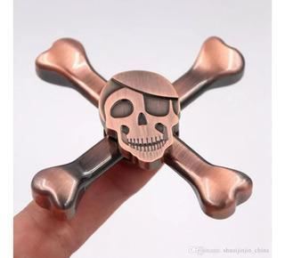 Paquete 2 Fidget Spinner Metalico Calavera Pirata