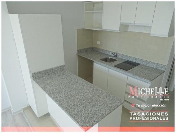 Monoambiente Divisible A 2 Amb - Vestidor (suite) - Toilette De Recepcion