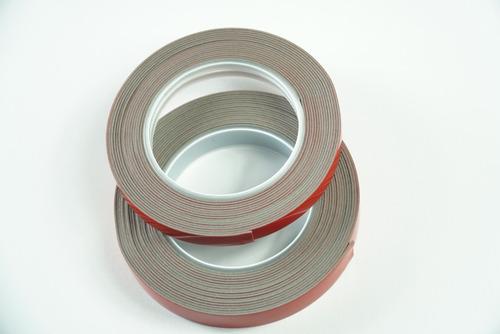 Imagen 1 de 7 de Adhesivo Acrilico Doble Cara De 9mmx5mts