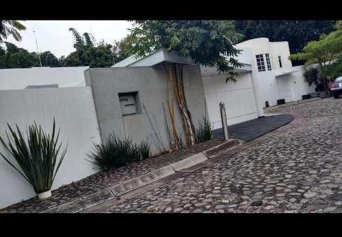 Residencia Los Laureles
