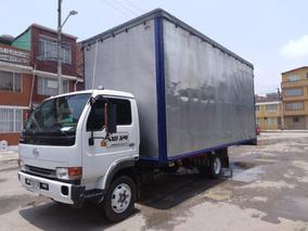 Nissan U41 Furgon 2011