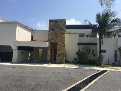 Casa Sola En Renta Fraccionamiento Bugambilias