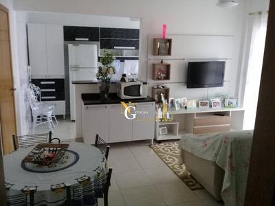 Apartamento 1 Dormitório, Sacada Gourmet Com Churrasqueira E Piscina. Lindão!!! - Ap2005