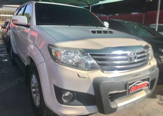 Toyota Hilux Sw4 4x4 3.0