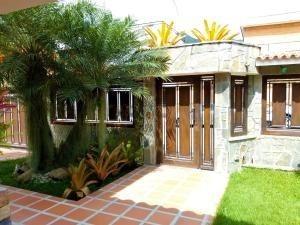 Casa En Venta Prebo 3 Valencia Carabobo 20-4286 Rahv