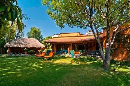 Hermosa Residencia En Juriquilla Villas Del Meson