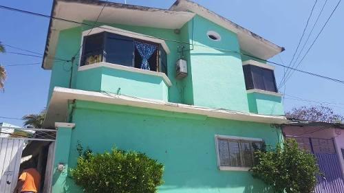 Casa Con 6 Habitaciones En Hermenegildo Galeana