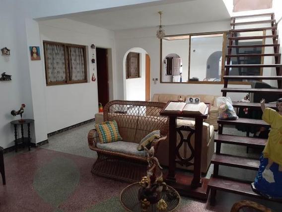 Casa En Venta 20-2710