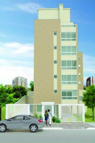 Apartamento Em Petrópolis Com 1 Dormitório - Rg671