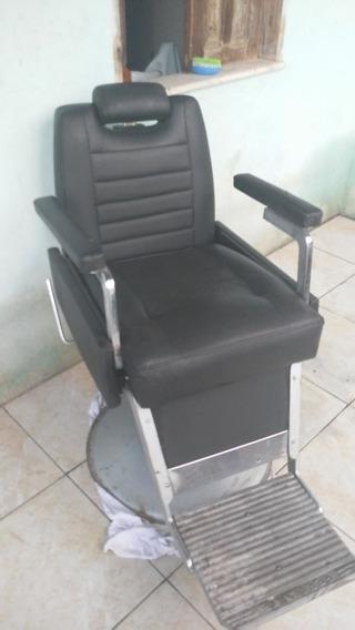Vendo Três Cadeira Para Barbearia Todas Nesse Modelo