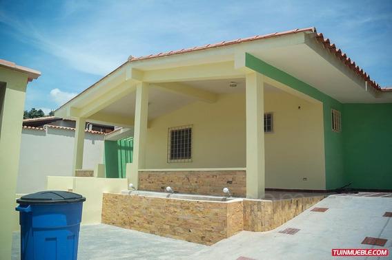 Casas En Venta, Corinsas, Cagua, Aragua