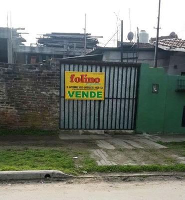 Casa En Venta! 4 Ambientes - Gregorio De Laferrere.-
