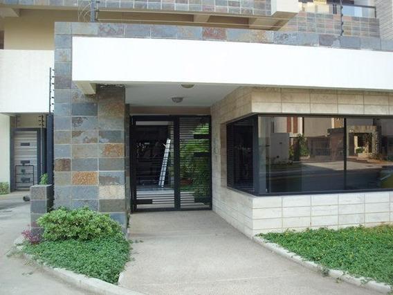 Luis Infante Mls# 20-17986 Apartamento En Venta