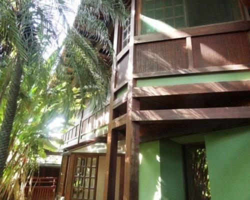 Casa Centro De Terreno - Cond. Santa Helena - 2042005289 - 32010224