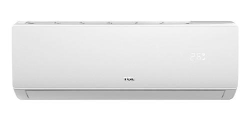 Imagen 1 de 3 de Aire acondicionado TCL split frío/calor 2236 frigorías blanco 220V TACA-2600FCSA/EL