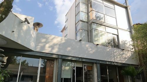 Casa En Cerrada En Venta O Renta En Lomas De Las Palmas