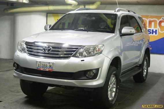 Toyota Fortuner Sport Wagon Blindada
