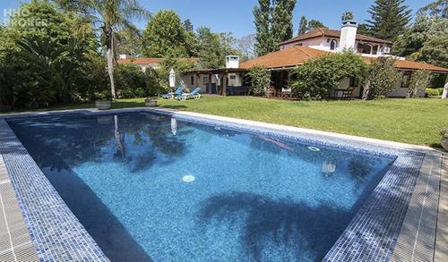 Excelente Casa En Venta - Barrio El Golf Punta Del Este- Ref: 400