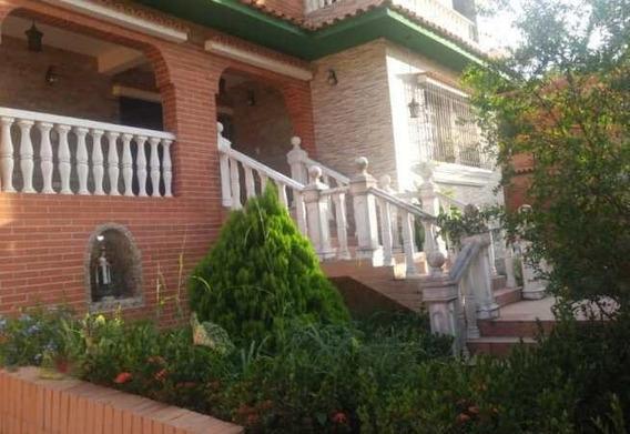 Casa En Venta Trigaleña Valencia Carabobo 20-6950 Prr