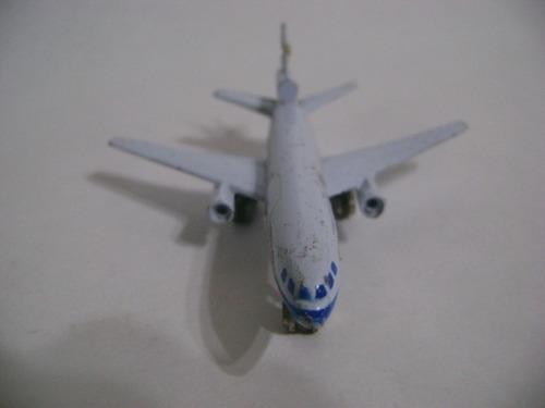 Imagen 1 de 10 de Nico Avion Metal D C 10 W T-214 10 X 8 Cm (avv 45)