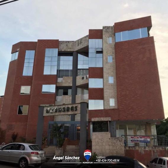 En Alquiler Local Comercial En Residencias Azahare