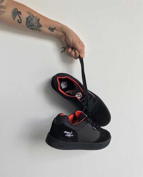 Tênis Dual Footwear - Modelo Único