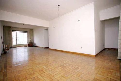 Imagem 1 de 20 de Apartamento 3 Dorms - R$ 750.000,00 - 181m² - Código: 8875 - V8875