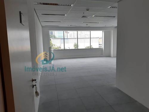 Conjunto Comercial Venda No West Towers Com 56,00 M²,02 Banheiros, 02 Vagas, Pronto Para Uso. - 818