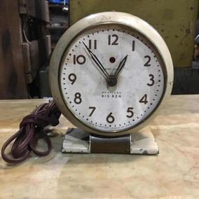 Relógio West Clox Big Ben Elétrico Mesa Antigo Metal 417