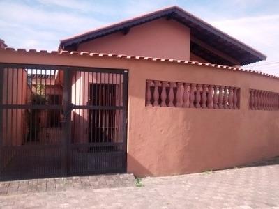 Casa Em Mongaguá, 3 Dormitórios No Bairro Vera Cruz - 1204