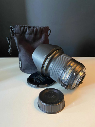 Lente Nikon 20mm 1.8