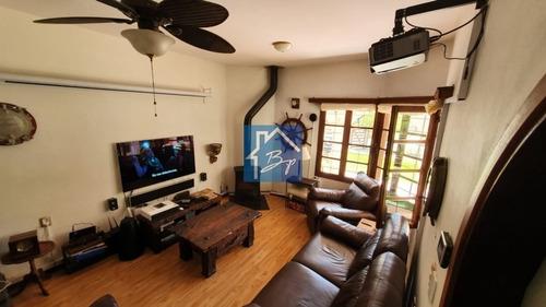 Casa En Venta, Pinares, Punta Del Este- Ref: 524