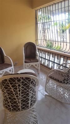 Casa De 2 Niveles Con Mejora En Villa Mella 560 M2