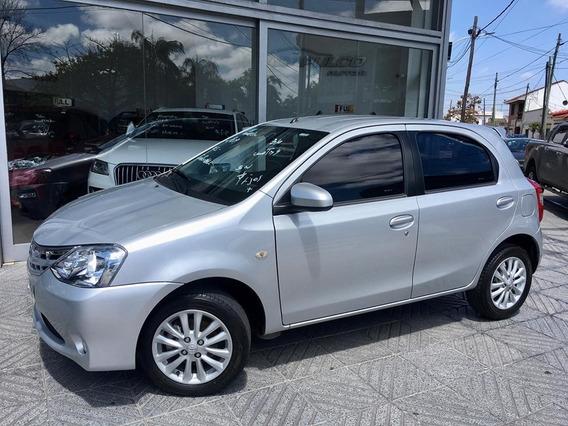 Toyota Etios 1.5 Xls 2014 */ 390000 + Cuotas /*