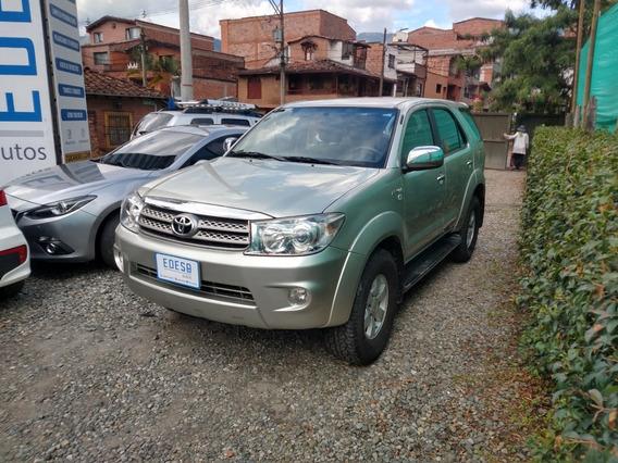Toyota Fortuner 2.7 Gasolina Aut 2011