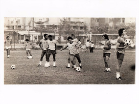 Fotografia Rivelino P Cesar Caju Sel Brasileira Futebol 1977