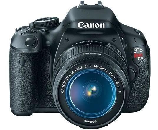 Canon T3i, Com Grip, 2 Baterias, Cartão 16 Gb, Lente 18-55.