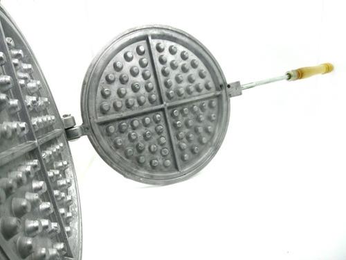Waflera De Aluminio Mango Madera/plast N° 15 Waffles Grandes