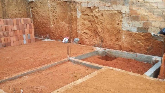 Terreno Em Construção No Res. Santa Paula - Te0014