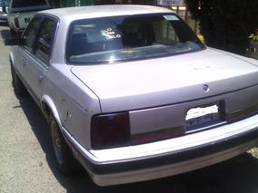 Automovil Marca Coutlas Modelo 1989