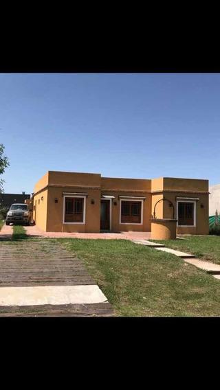 Casa En El Aljibe. Zona Manzanares. Imperdible