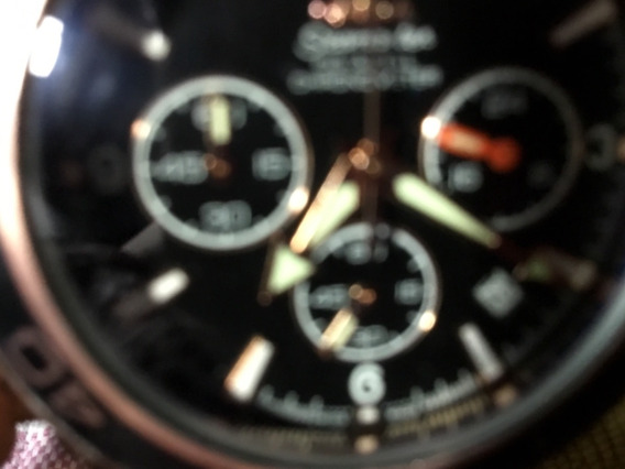 Relógio Omega,, Fundo Preto, Bisel Preto/dourado